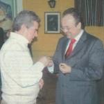 Insignia a Enrique Morales, entrega José García Guerrero