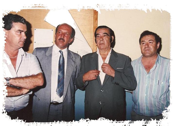 Francisco Heras, 1º por la derecha. De izquierda a derecha, Juan García Santana, Manolo Pérez y Juanito Maravilla.